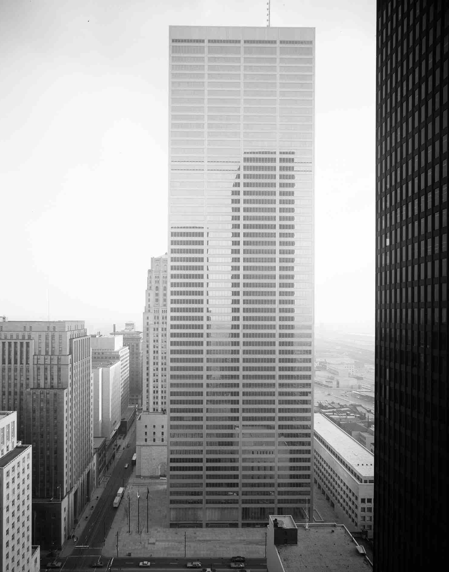 Mies_Chicago_45bn1792_hdr26 copy.jpeg