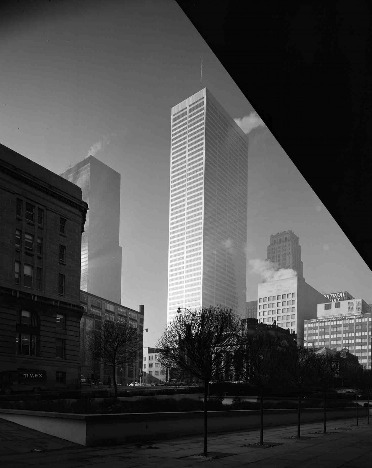 Mies_Chicago_45bn1833_hdr26 copy.jpg