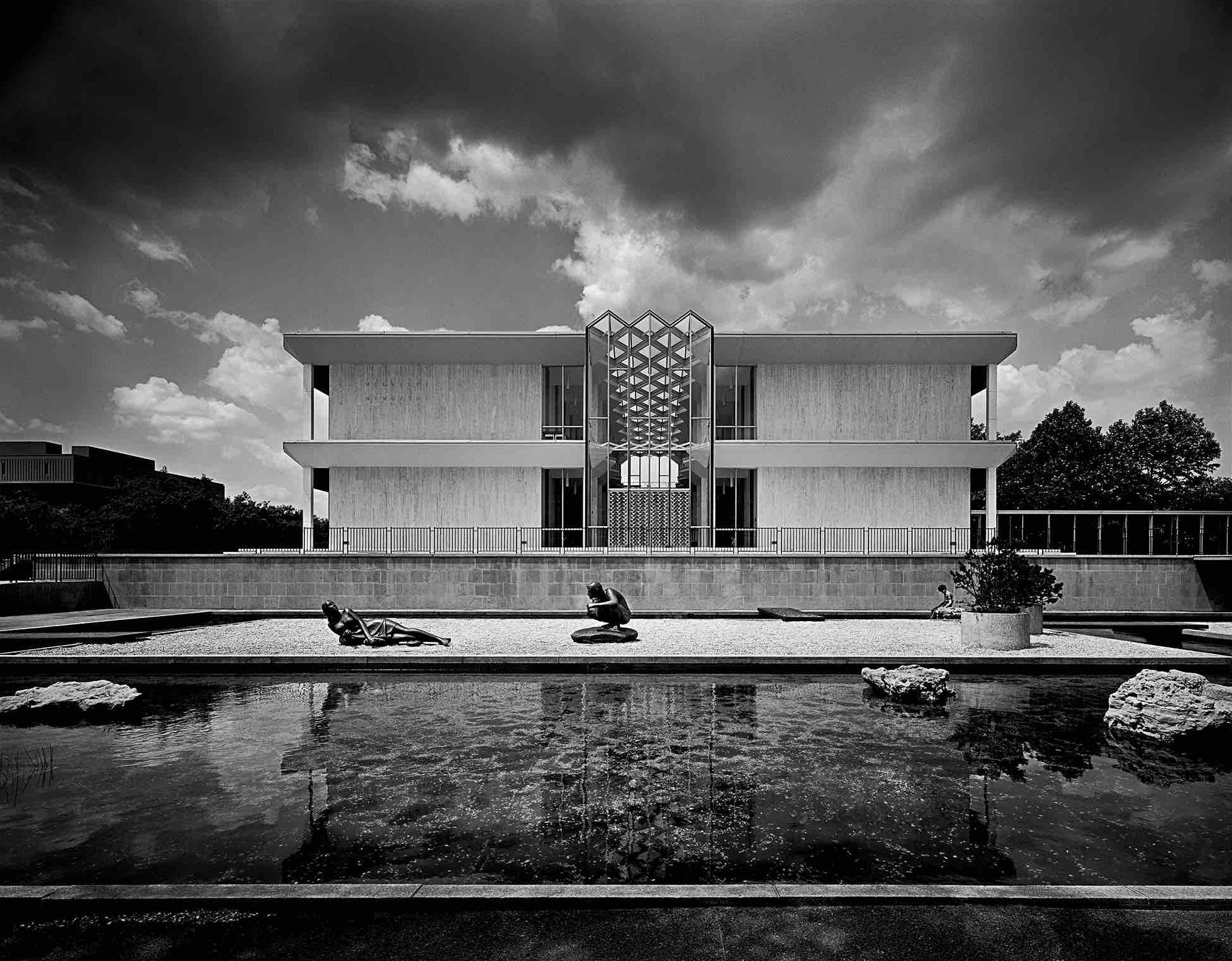 Minoru Yamasaki, McGregor Memorial Conference Center at Wayne state University (Detroit, MI) 1958