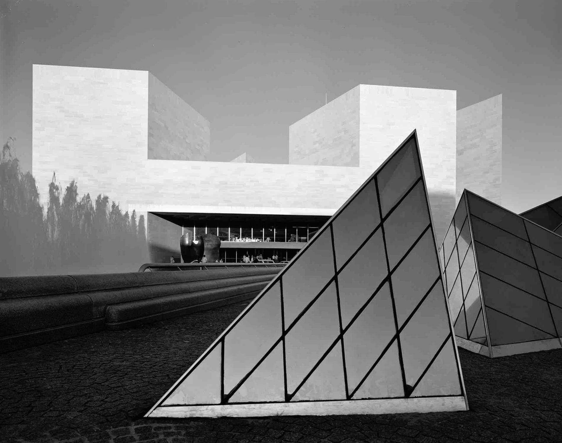 I.M. Pei, East Wing (Washington D.C.) 1990