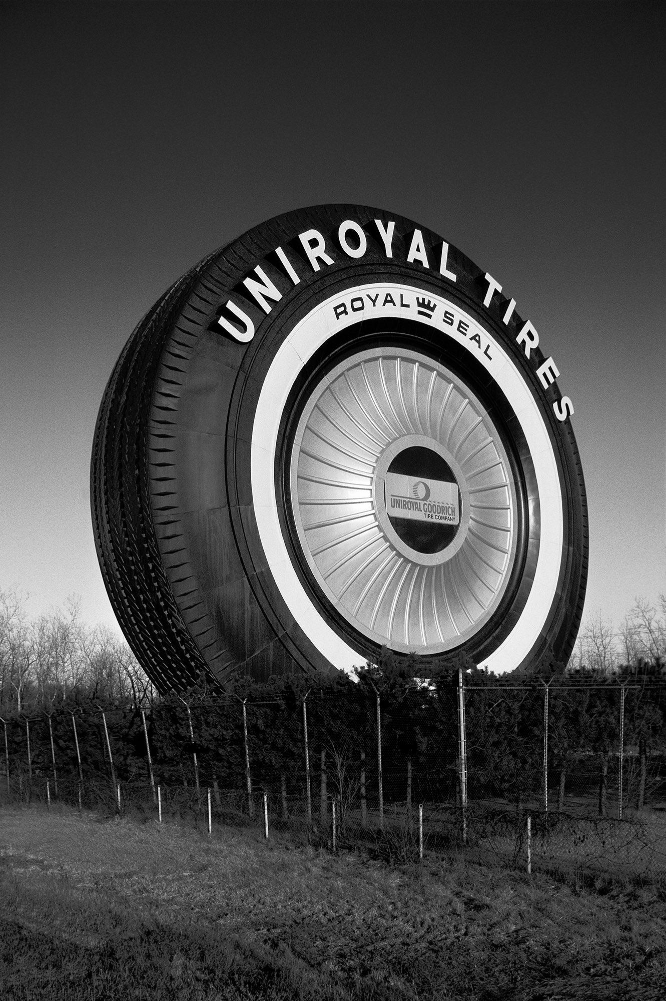 Uniroyal Giant Tire (Allen Park, MI) c. 1966
