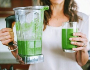 LAUREN CONRAD:  Healthy Habits: Why You Should Try a Fructose-Free Smoothie