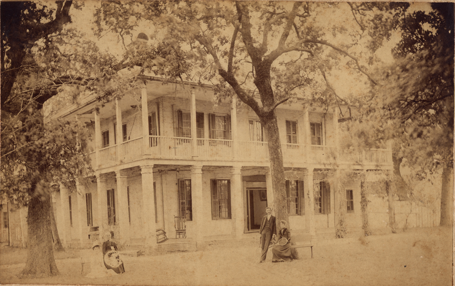 Image: Kellum-Noble House with members of the Noble family, c. 1890.