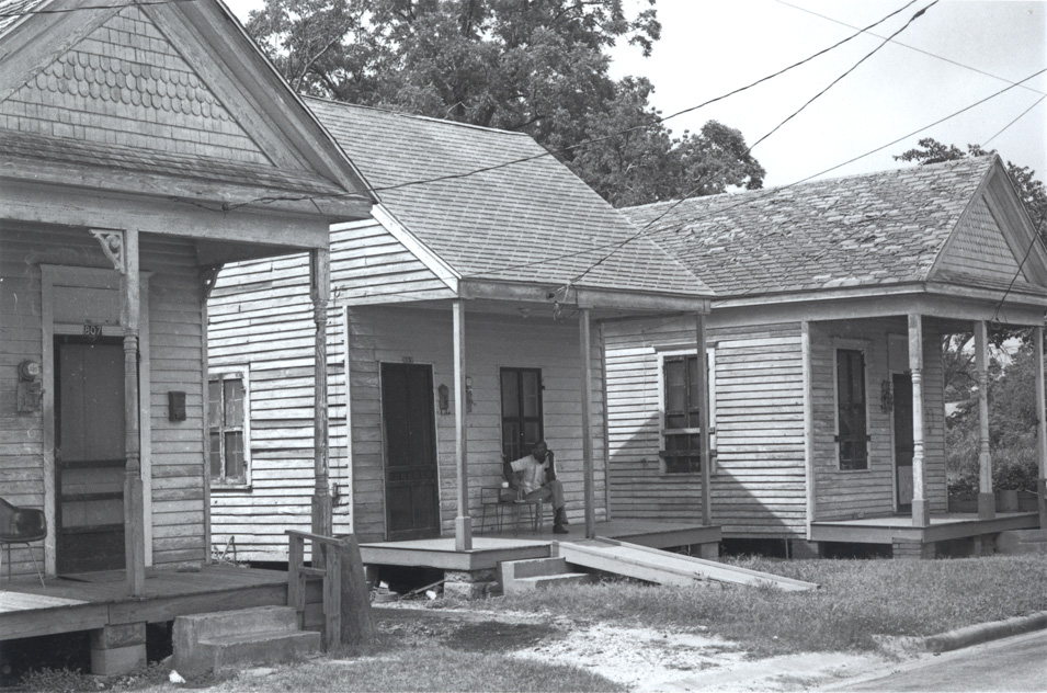 Original location of the 4th Ward Cottage. Photo courtesy of Gerald Moorhead, photo c. 1988.
