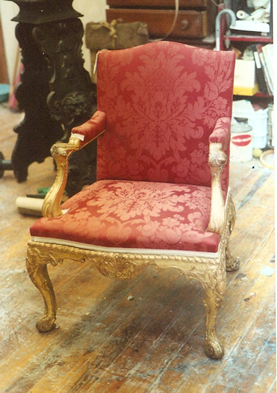 giltwood_louis-XVI_chair_restoration.jpg