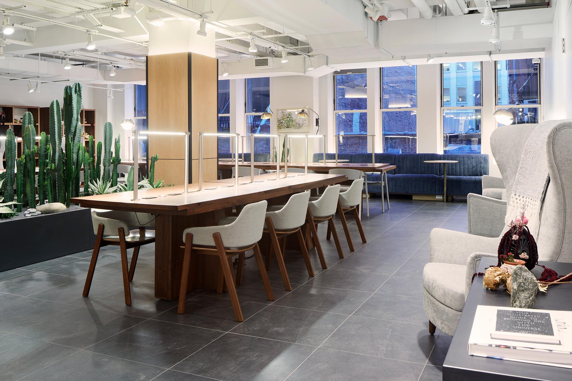 77 Open Desk area.jpg