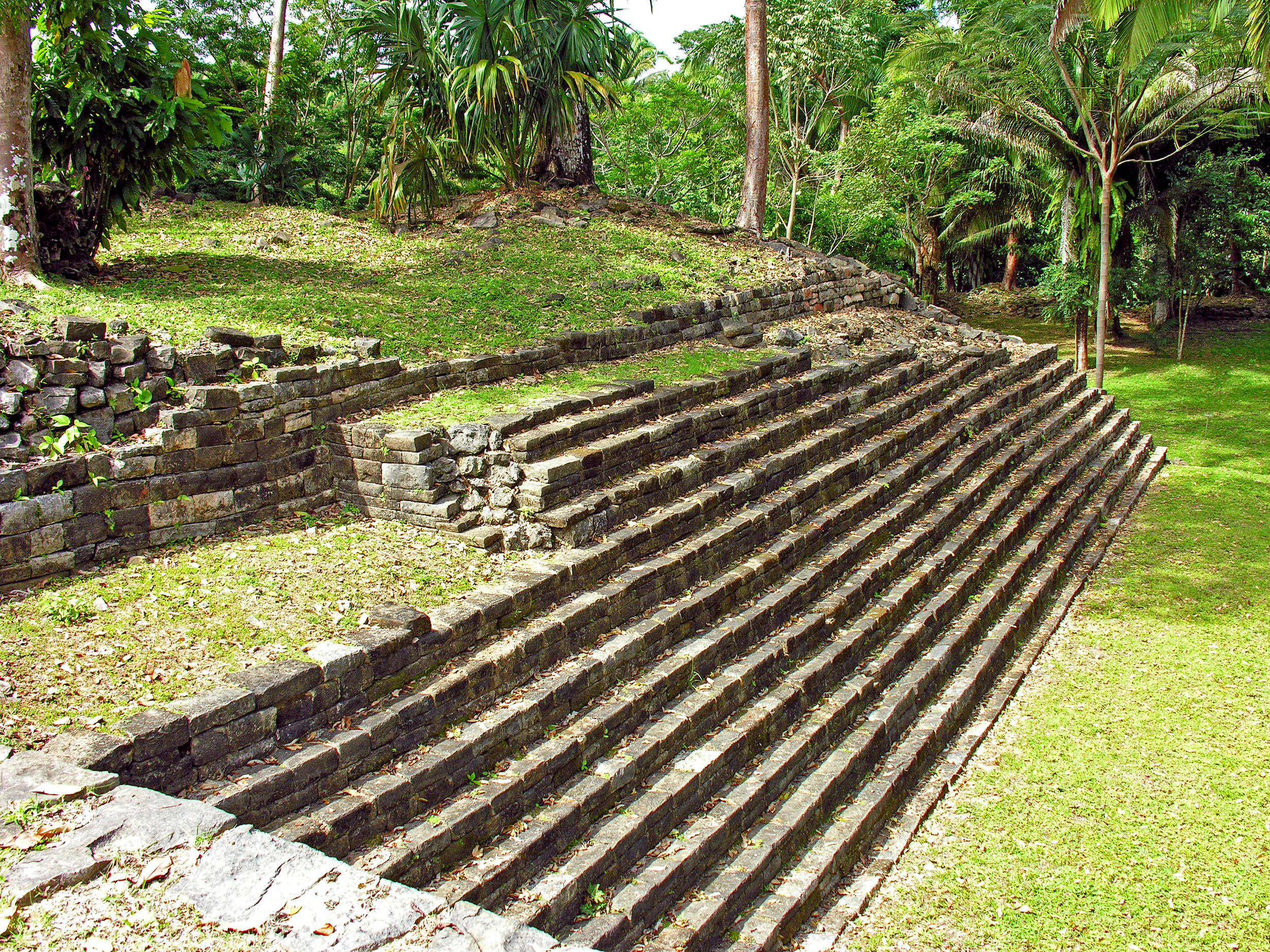 Lubaantun is the largest Maya site of southern Belize