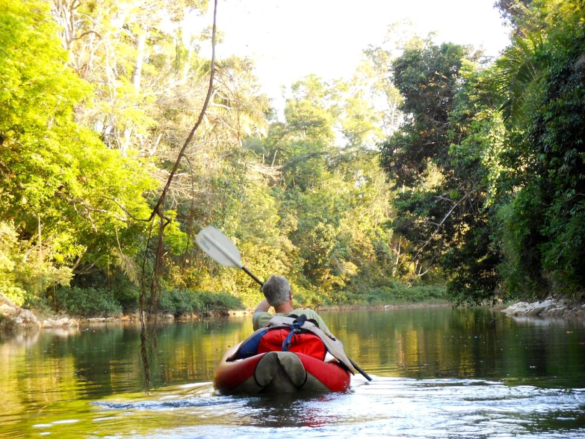 01 DSCN1372 kayaking.jpg