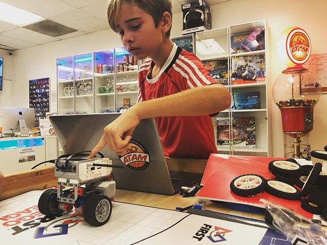Definitely Robotics Season at ATAM!  Have your student come learn more about Robotics today, at ATAM! 310-573-0012 Website link in bio. - - #atampalisades #tech #technology #lego #legorobotics #fll #firstlegoleague #cityshaper #2019 #season #student #teacher #learning #stem #toptech #bestplace #competition #tournamemt #lego #ev3