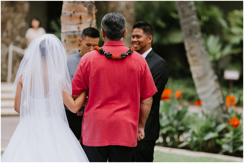 Halekulani-Hotel-Wedding-Photos_0030.jpg