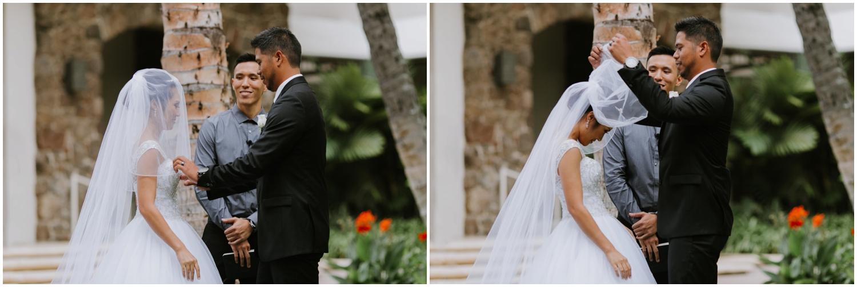 Halekulani-Hotel-Wedding-Photos_0040.jpg