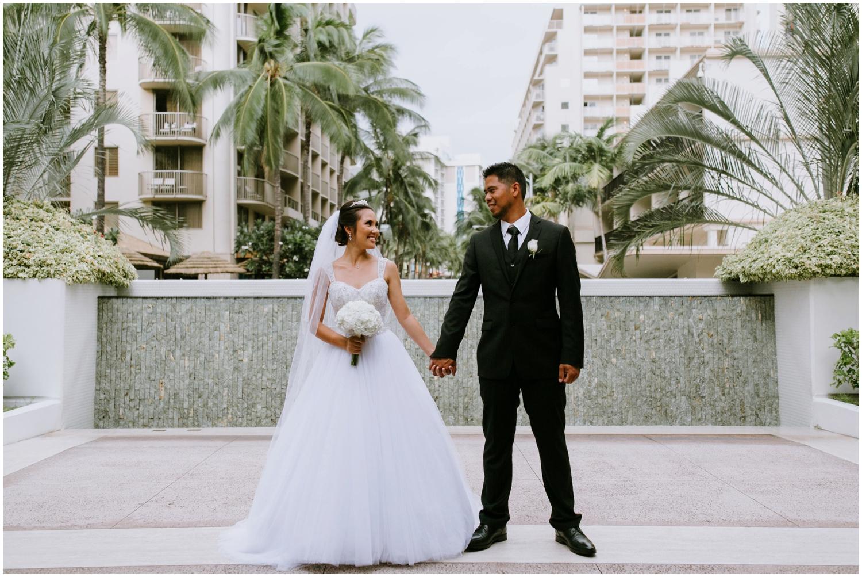 Halekulani Hotel Wedding Photos, Waikiki Hawaii Wedding Photographer, Hawaii Wedding Photographer, Hawaii Wedding Photos, Hotel Wedding in Hawaii, Halekulani Hotel, Waikiki Wedding