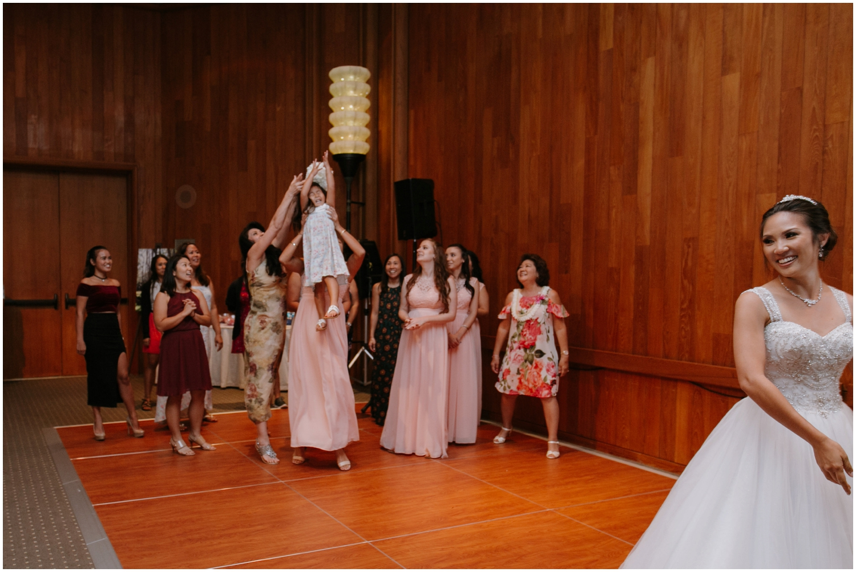 Halekulani-Hotel-Wedding-Photos_0076.jpg