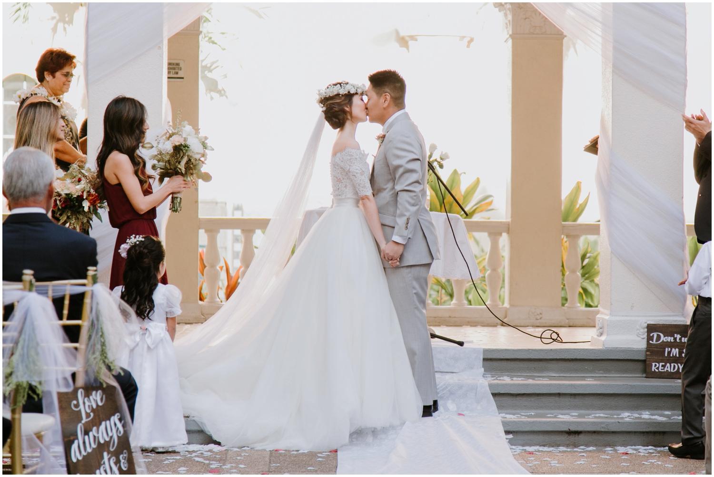 Honolulu-Hawaii-Wedding-Photographer_0058.jpg