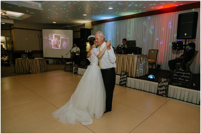 Honolulu-Hawaii-Wedding-Photographer_0101.jpg