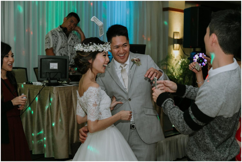 Honolulu-Hawaii-Wedding-Photographer_0116.jpg