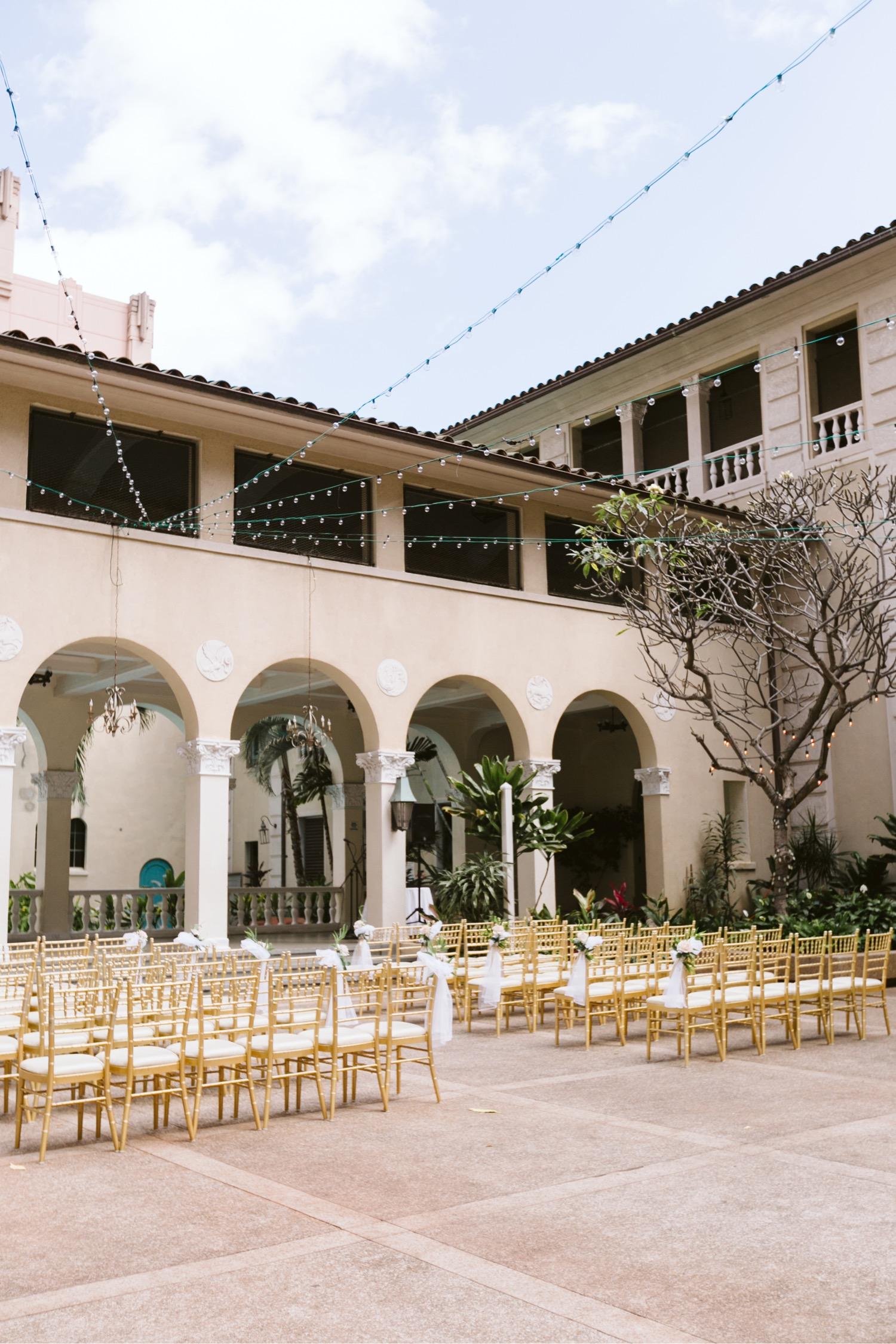 Julia_Chairs_lights_Hawaii_Ceremony_Wedding_Honolulu_Cafe_Setup.jpg