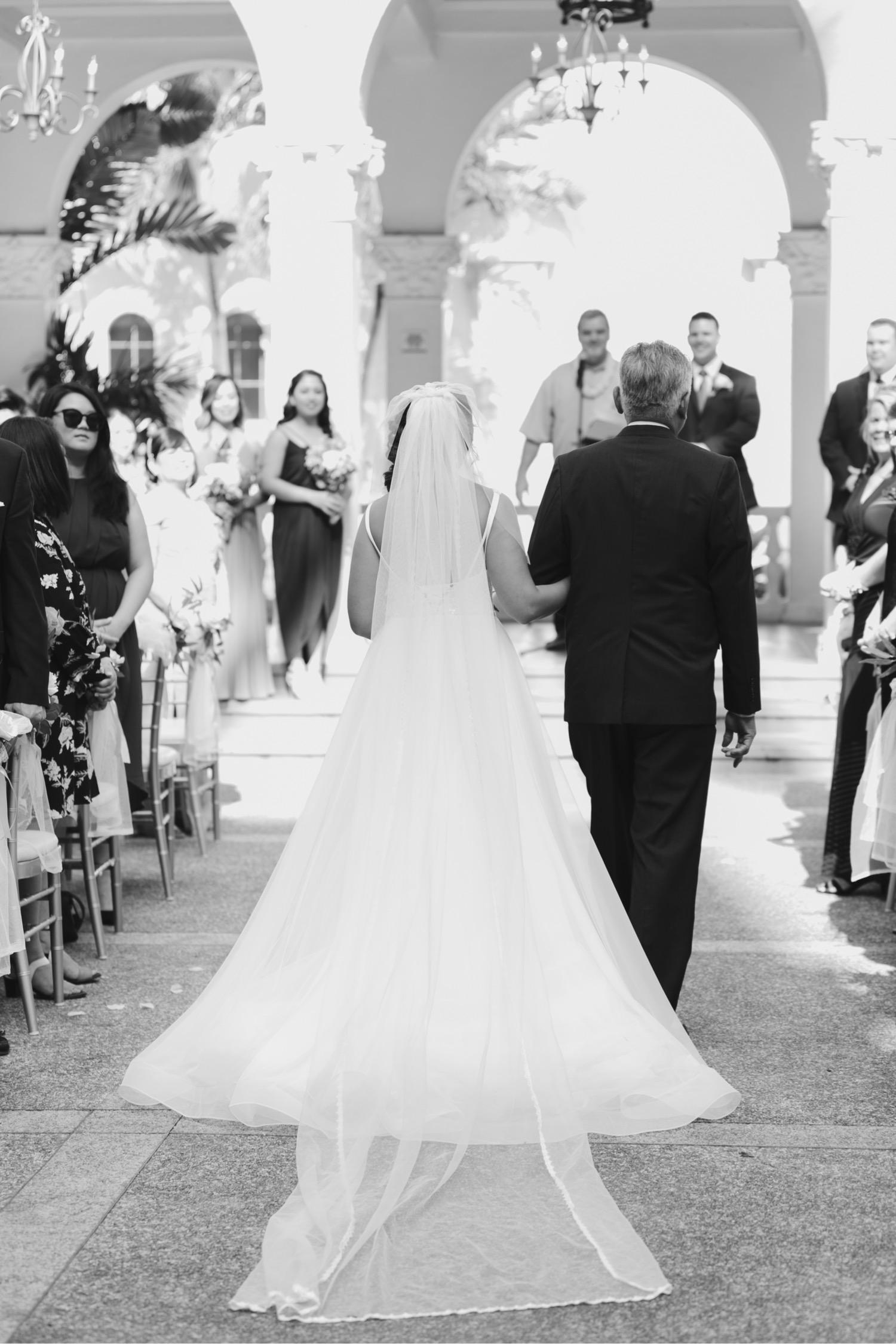 Julia_Hawaii_Groom_Ceremony_Honolulu_Wedding_Cafe_Bride_dad.jpg