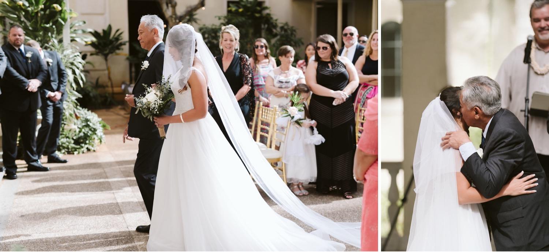 Julia_Hawaii_Ceremony_Bride_Honolulu_Cafe_Wedding_Kiss_dad.jpg