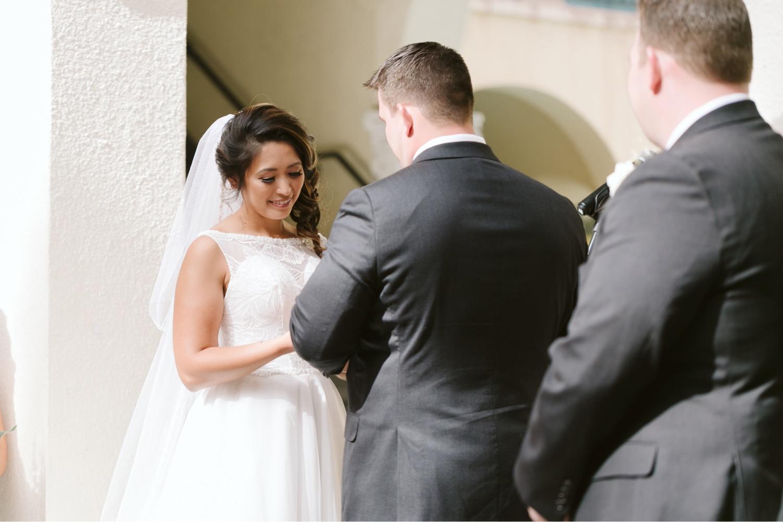 Julia_Groom_Hawaii_Ceremony_Bride_Honolulu_Cafe_Wedding.jpg