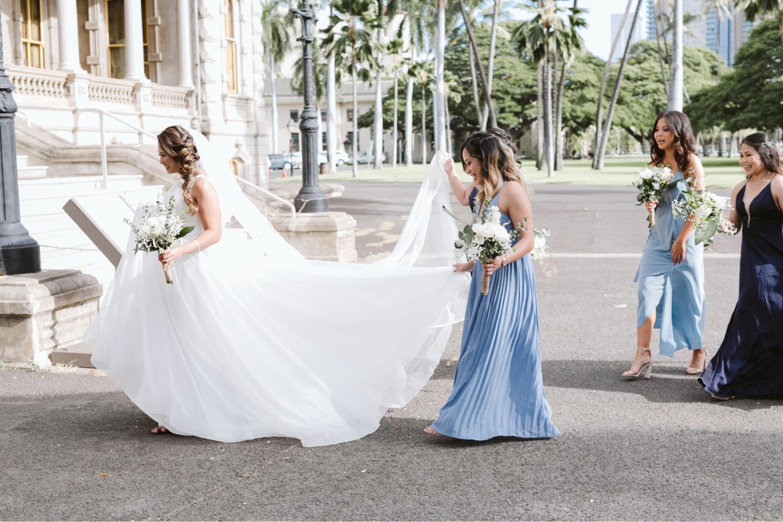 palace_Bridesmaids_Julia_iolani_Honolulu_Bride_Wedding_Cafe_Hawaii.jpg