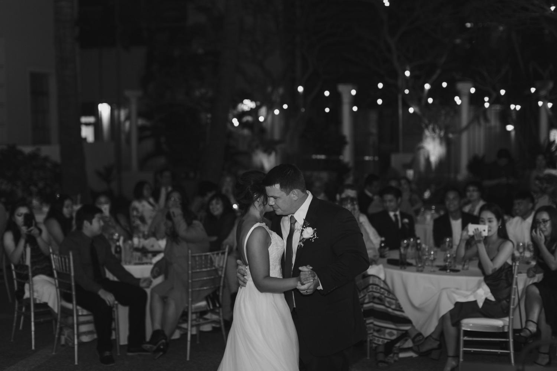 Julia_Groom_Hawaii_dance_Wedding_Bride_Cafe_Honolulu_first_reception.jpg