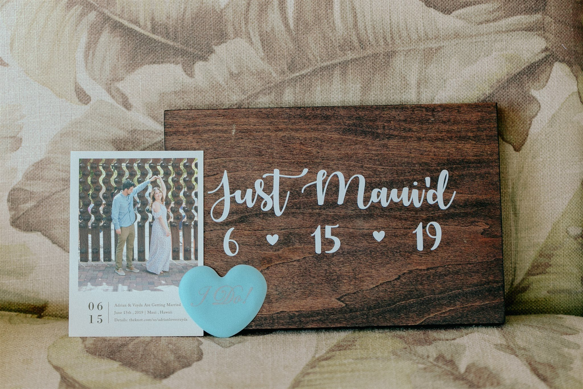 just-maui'd-wedding-sign-save-the-date-palm-leaves