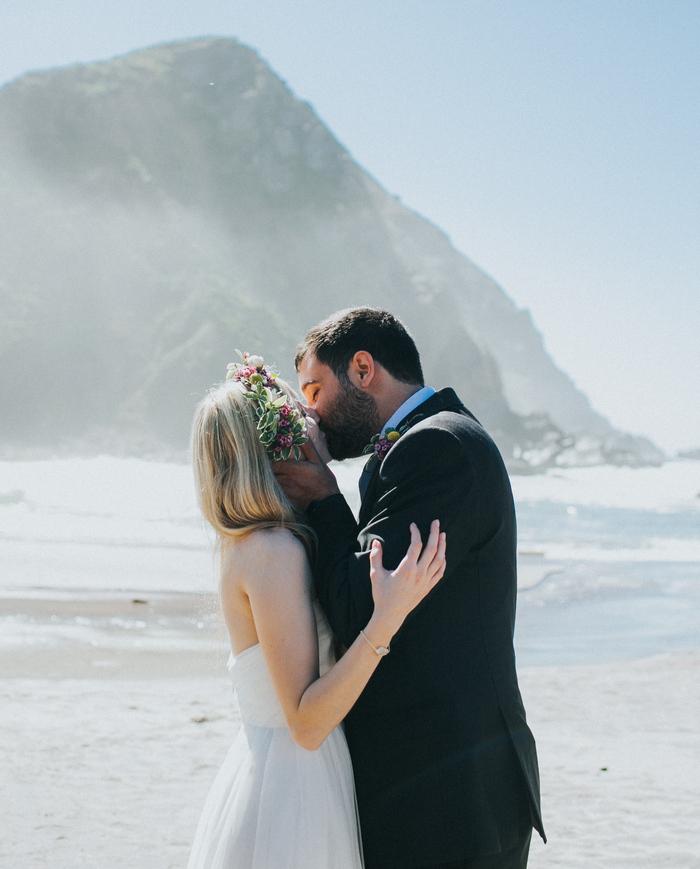 Big-Sur-California-Intimate-Wedding-Victoria-William-59_Pheiffer Beach.jpg