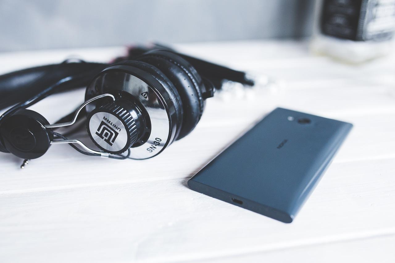 MOBILE RADIO