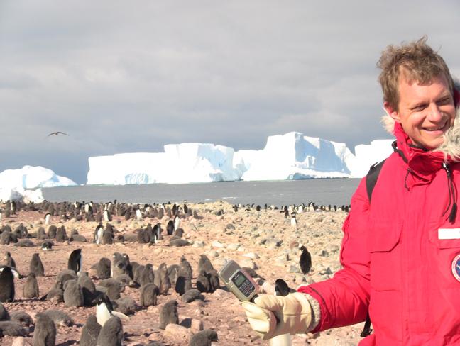 erik records penguins2.jpg