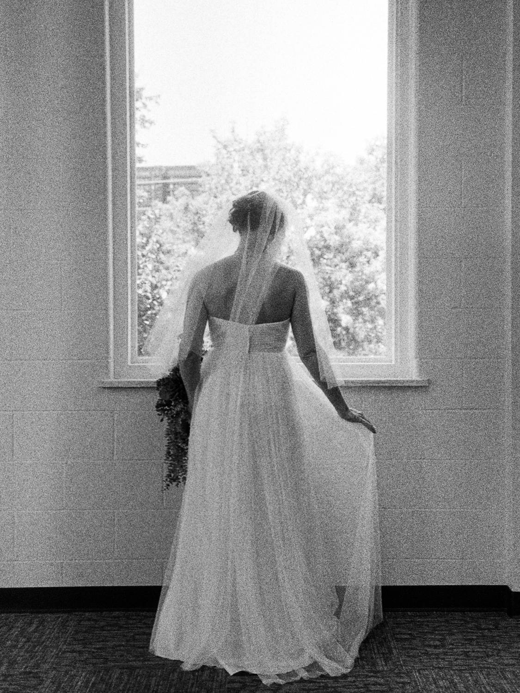 Leaf-&-Pine-Lindsey-Kaiphen-Wedding-02.jpg