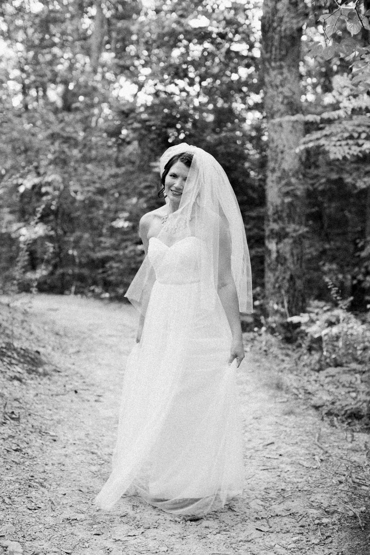 Leaf-&-Pine-lindsey-kaiphen-wedding-7.jpg