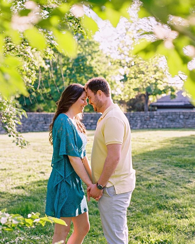 Super sweet and excited couple. Met me in Lexington for a couple of portraits in this warm Southern light. ⠀⠀⠀⠀⠀⠀⠀⠀⠀ #Portra400 | @statefilm