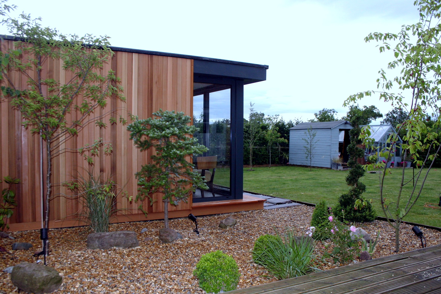 Garden Room Uses - Our garden rooms offer the perfect solutions for real modern days problems, whether it be for a place to work, rest or play. See what we have to offer.