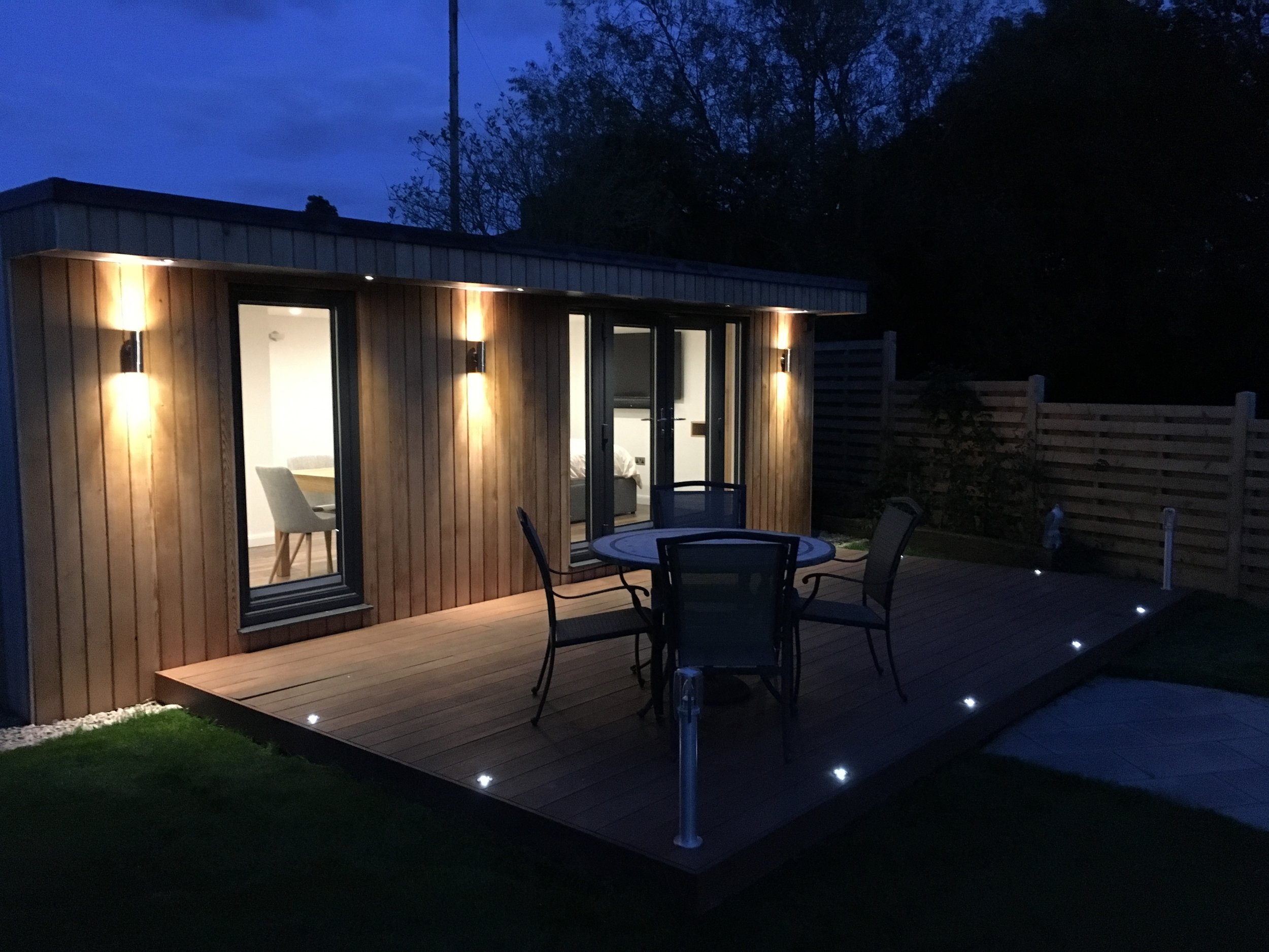 Available budget and internal space - Our online 3D configurator lets you explore different garden room sizes, together with options for cladding, windows and doors and finishing specifications, all displayed with upfront prices. You can explore many different garden room sizes and configure a solution to suit your available space, internal usage needs and available budget.