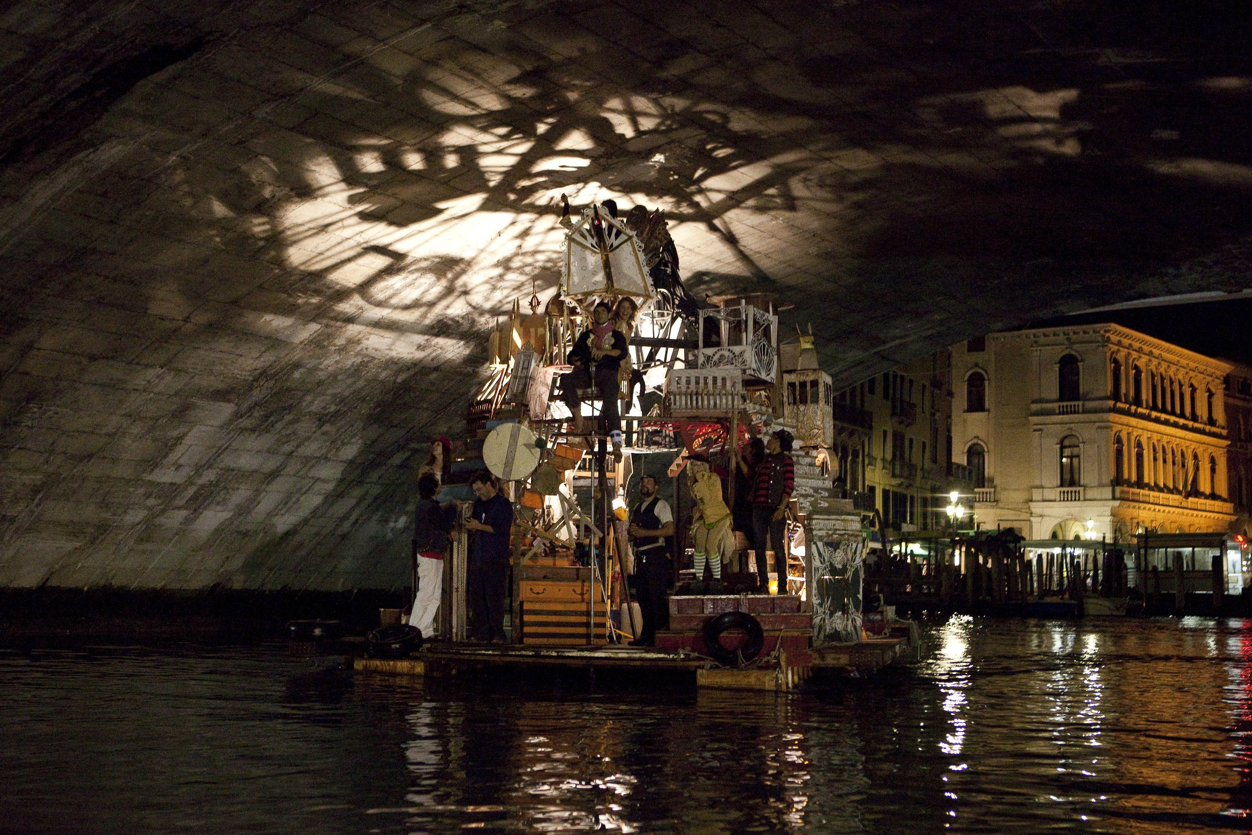 Swimming Cities of Serenissima : Stopping along the way to perform live music, puppetry, and more, Swoon and 35 artistic collaborators sailed across the Adriatic Sea from Slovenia to the 2009 Venice Biennale. ( Photo : Tod Seelie)