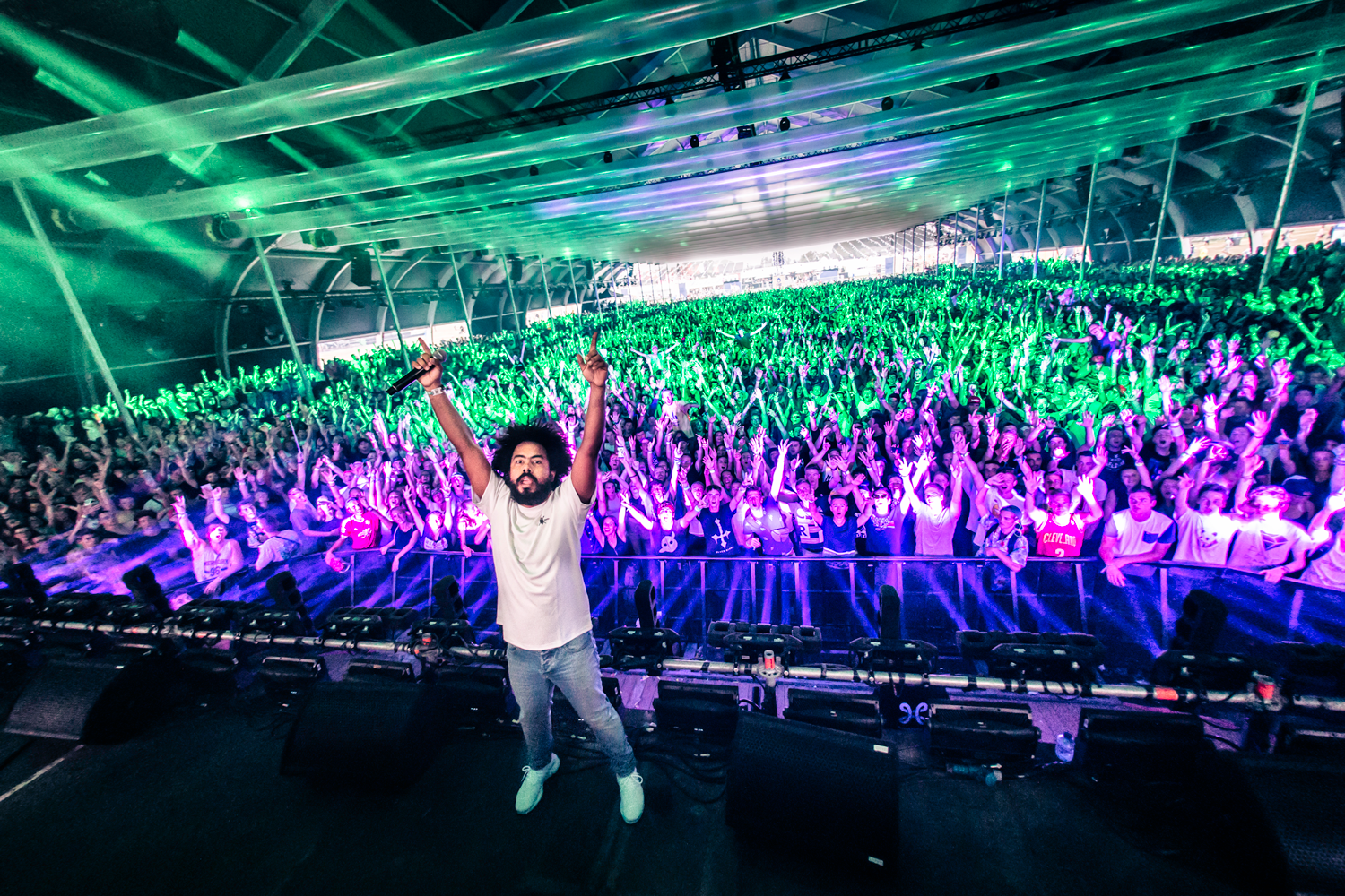 Jillionaire (photo cred Mitchell Giebels).png