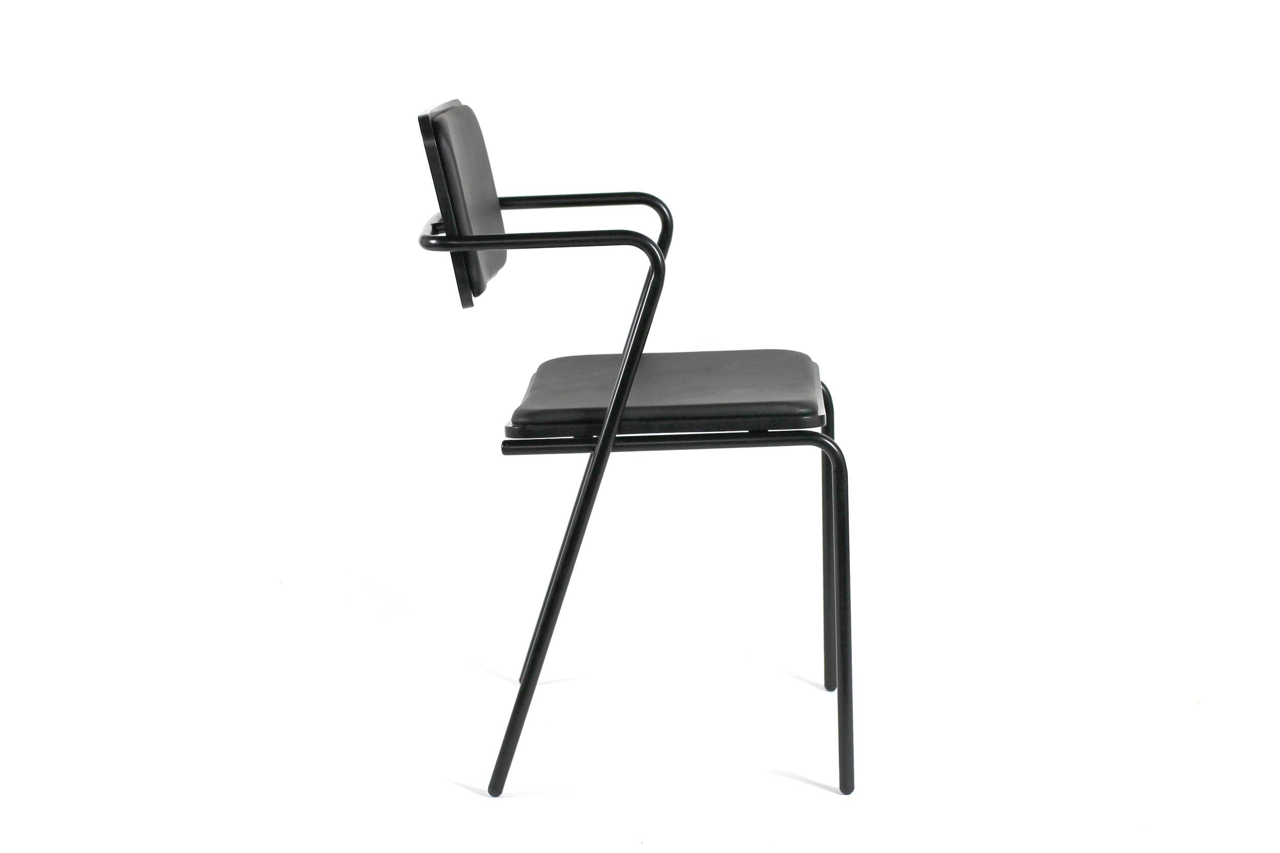 toepfer_dean_ziggy_3_chair_hires.jpg