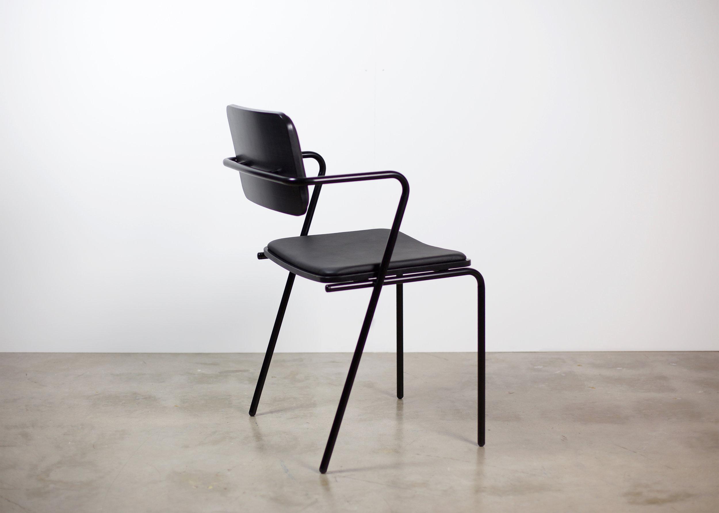 toepfer_dean_ziggy_5_chair_hires.jpg