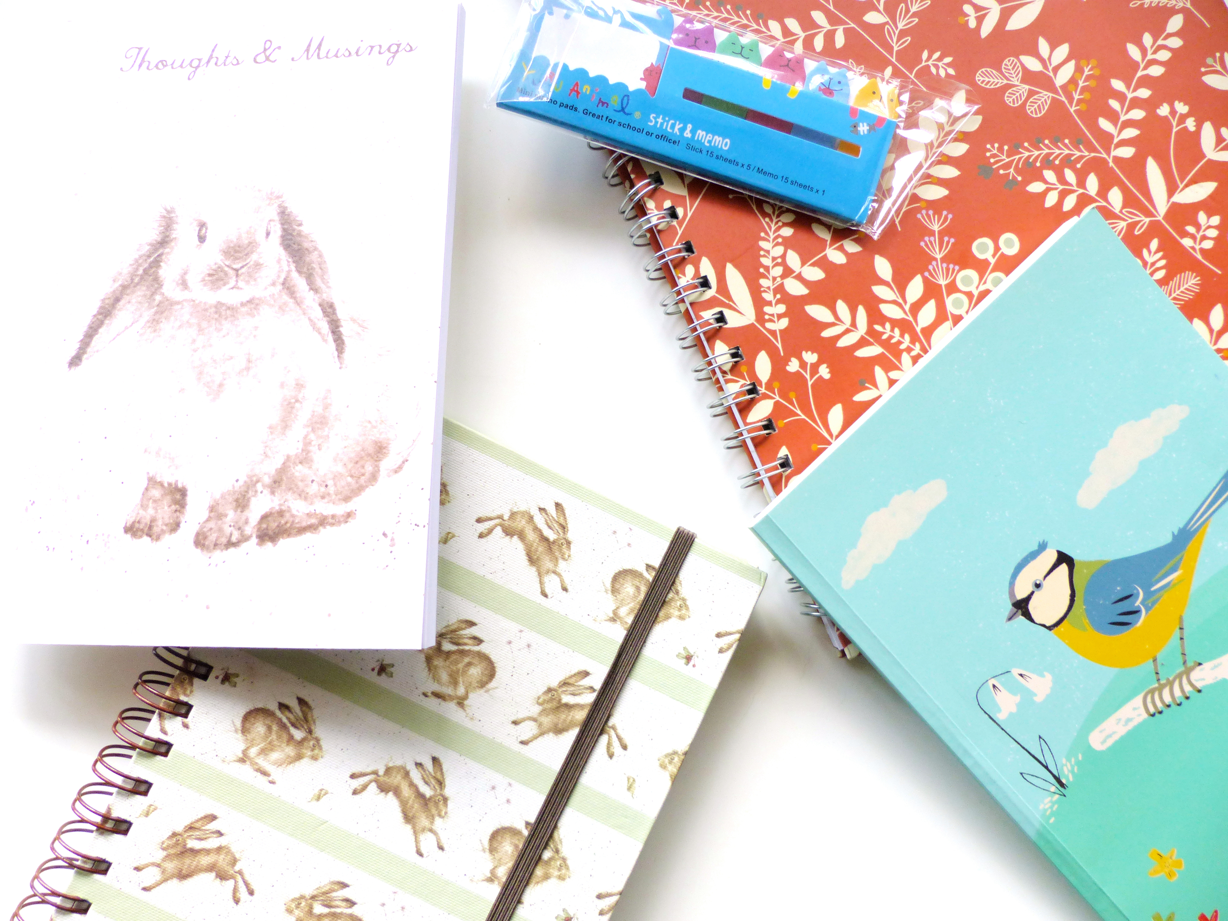 6 of the Best Stationary Staples All Bloggers Need