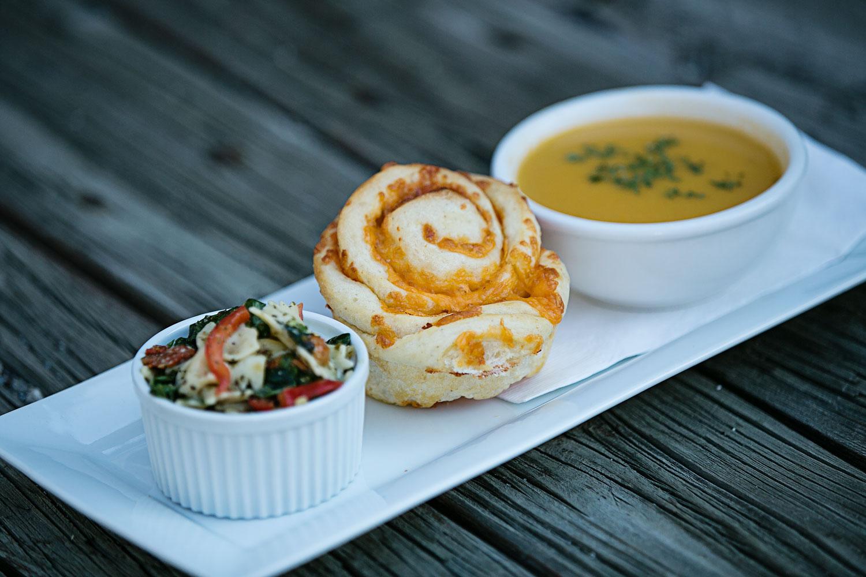 beanery-cafe-soup-cheese-bun.jpg