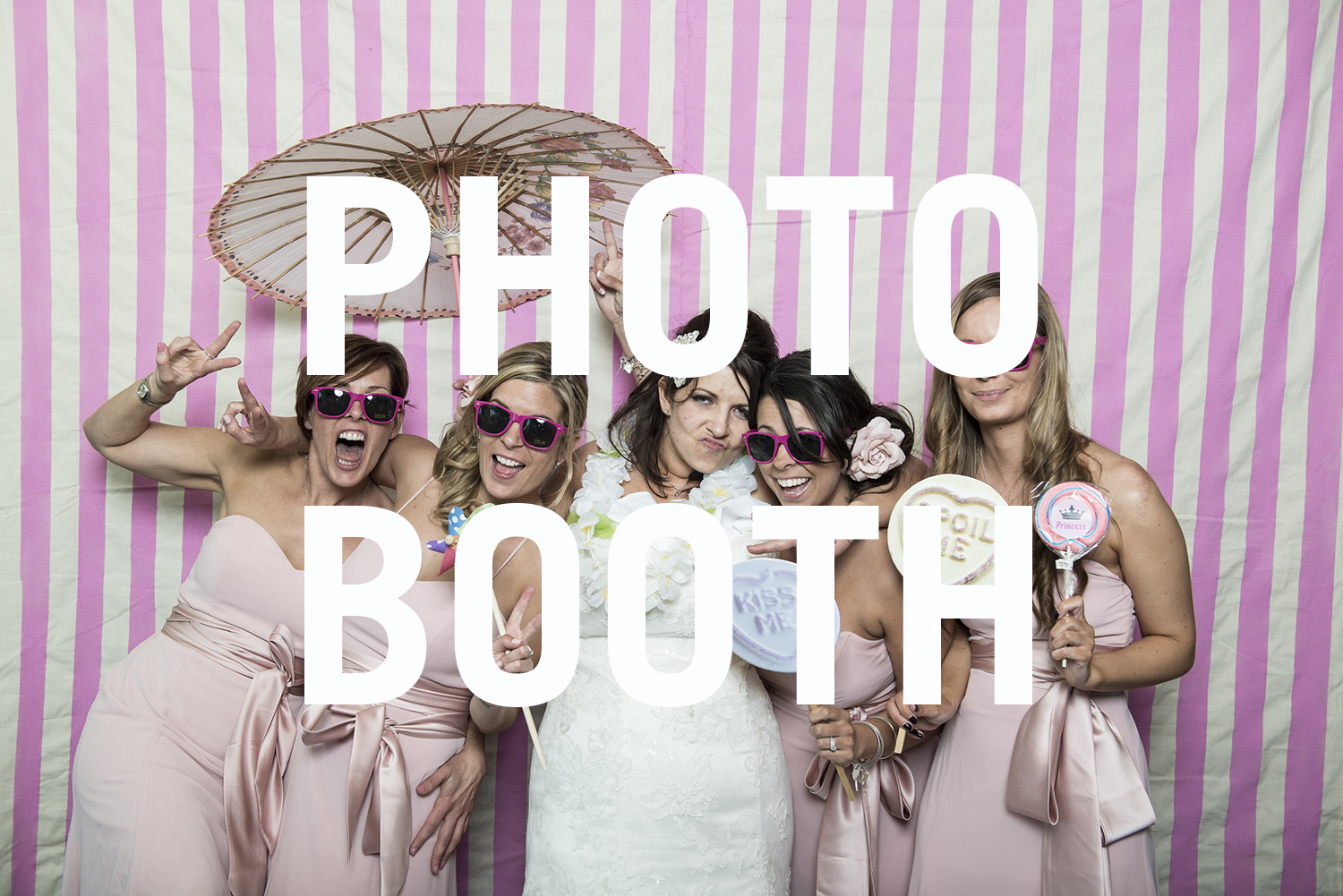 http://www.vivaweddingphotography.com/galleries/photobooth