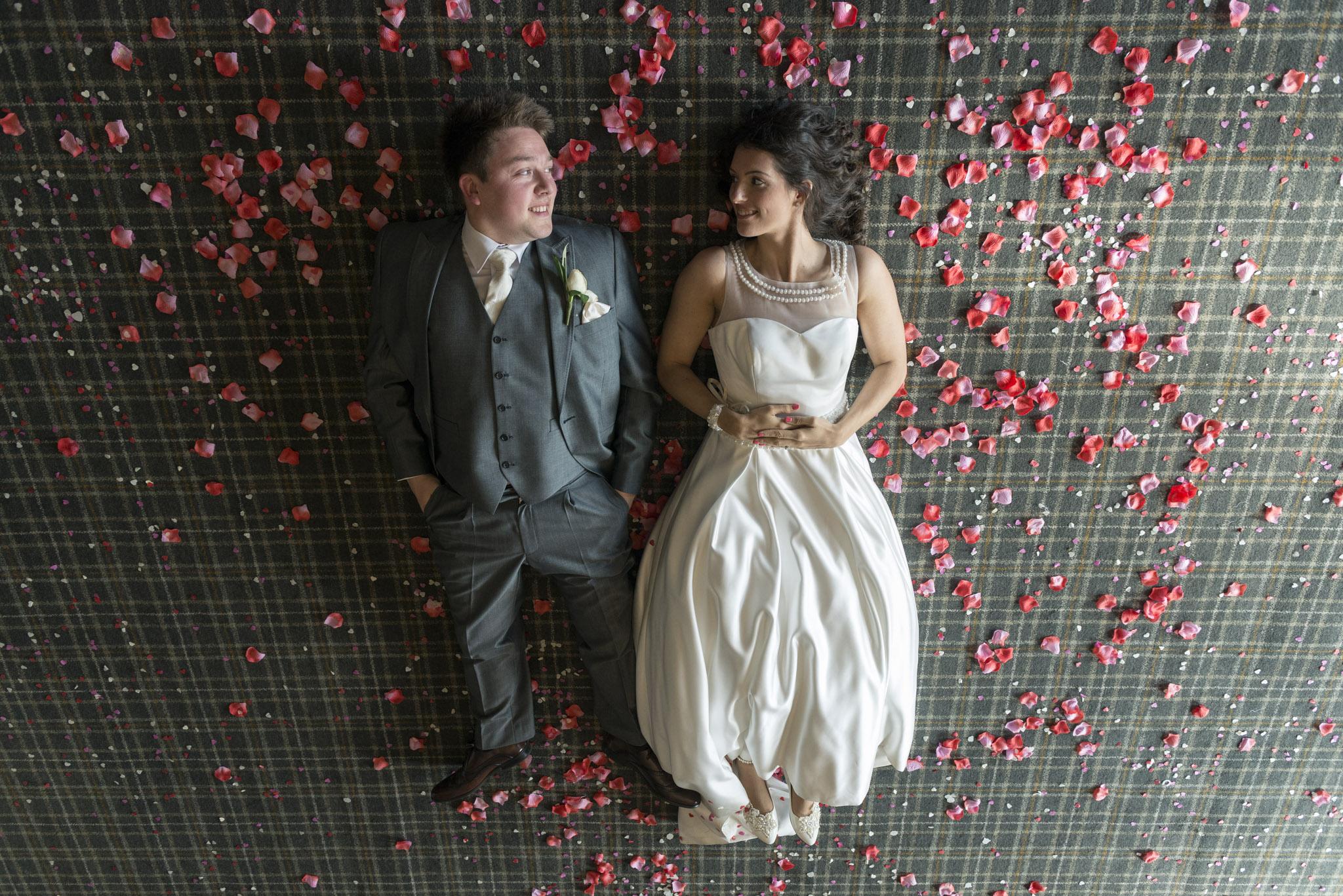web_hampshire_fun_wedding-6.jpg