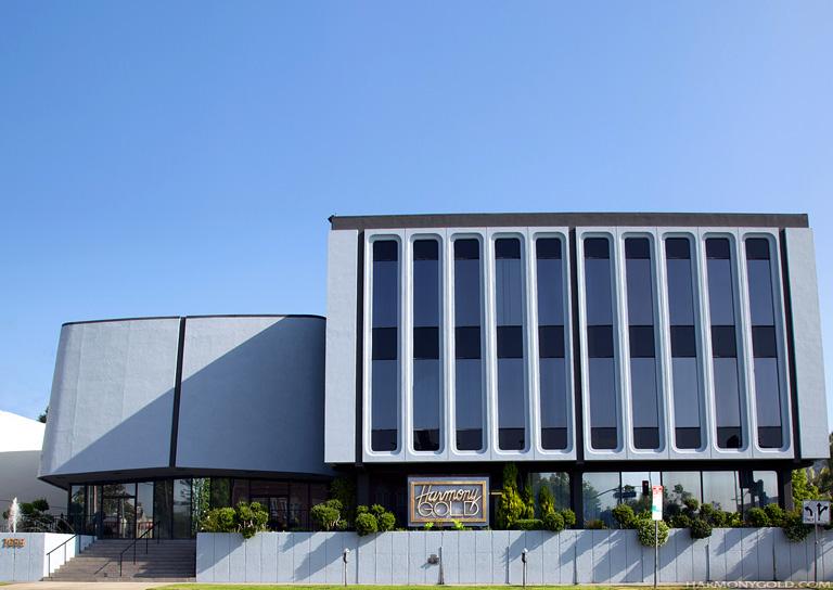 theatre15_exterior.jpg