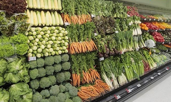 13. NEW ZEALAND SUPERMARKET CHAIN SCRAPS PLASTIC PACKAGING - WITH VEGETABLES BACK TO BEING DRESSED AS NATURE INTENDED