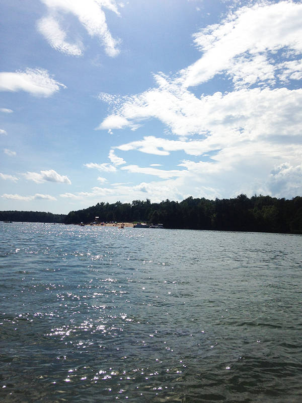 { Smith Mountain Lake is my happy place. }