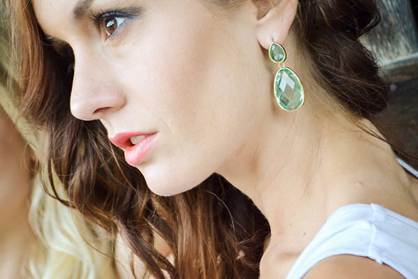 { How stunning are these green earrings? I'm obsessed. }