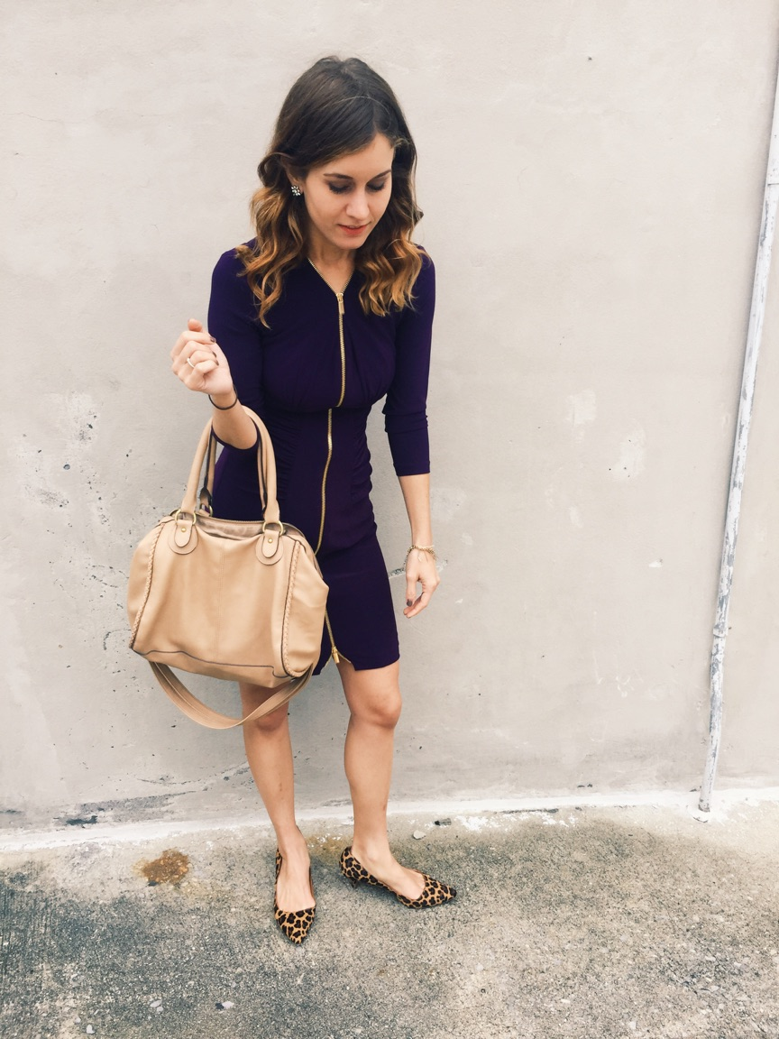 { This zipper dress is seriously the comfiest. }
