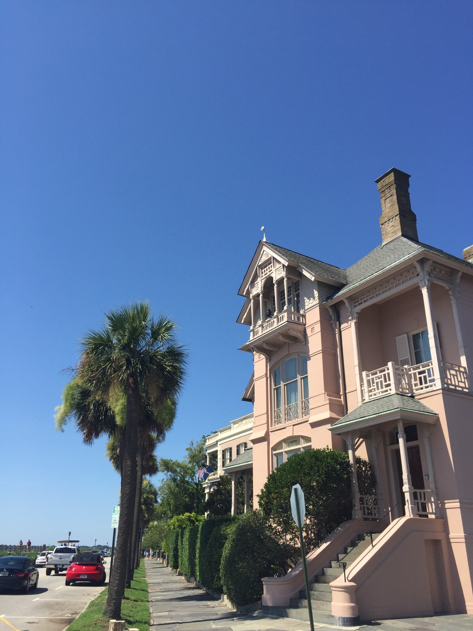 { Impromptu trip to Charleston. I feel in love with it, especially all the pink houses. Swoon! }