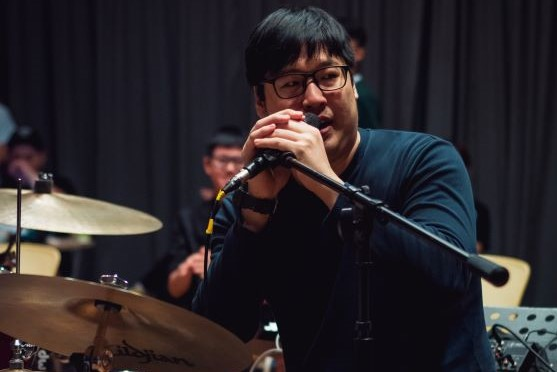 Chun Leng sharing with fellow drummers how drumming transformed from just a hobby into a career for him.